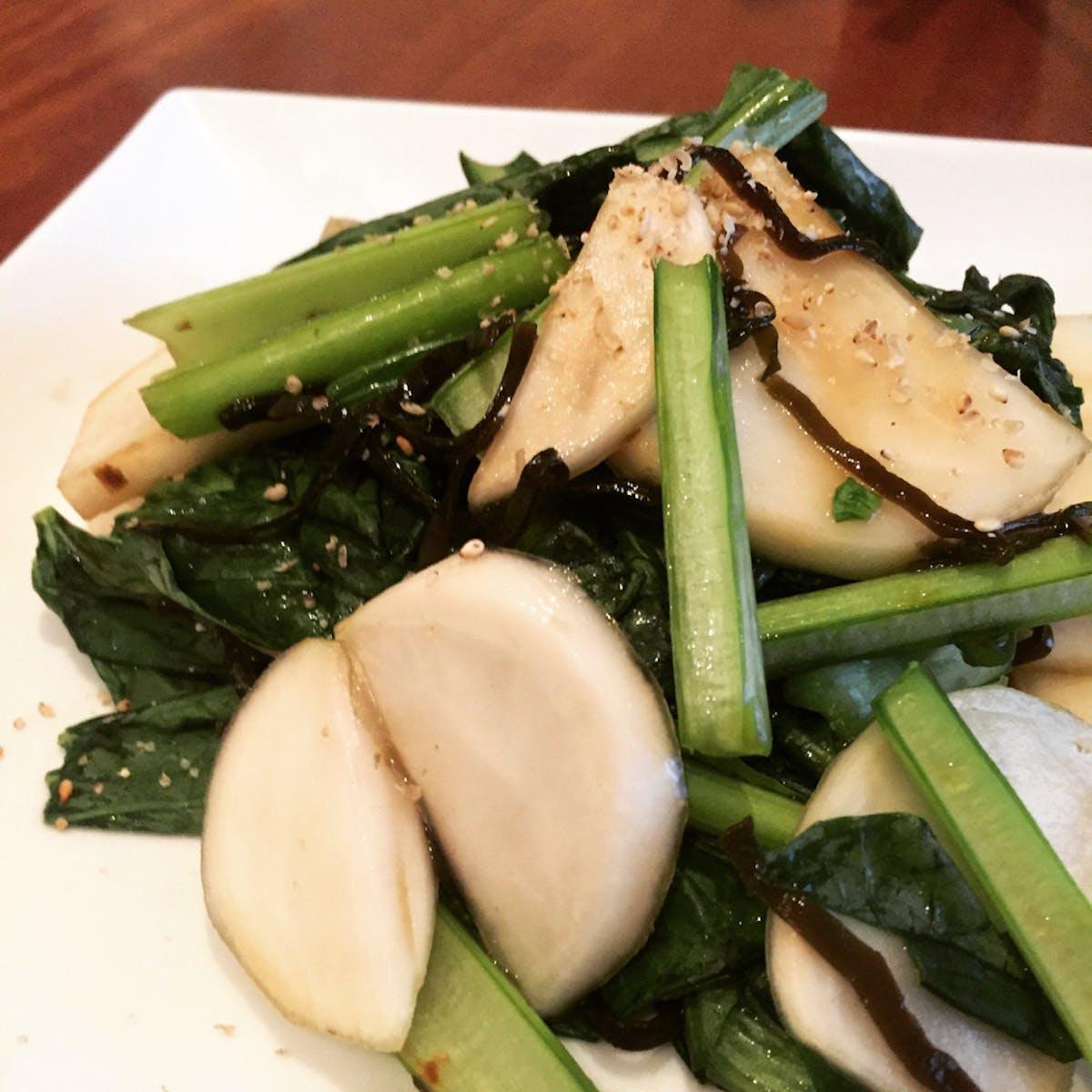 簡単 小松菜とカブの塩昆布サラダ