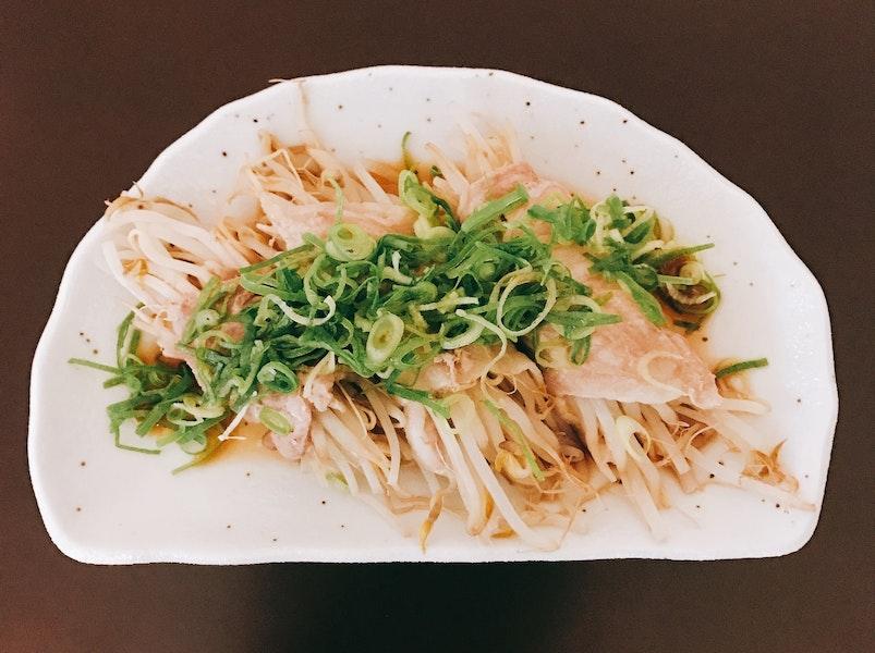 レンジで中華風もやし豚巻きポン酢