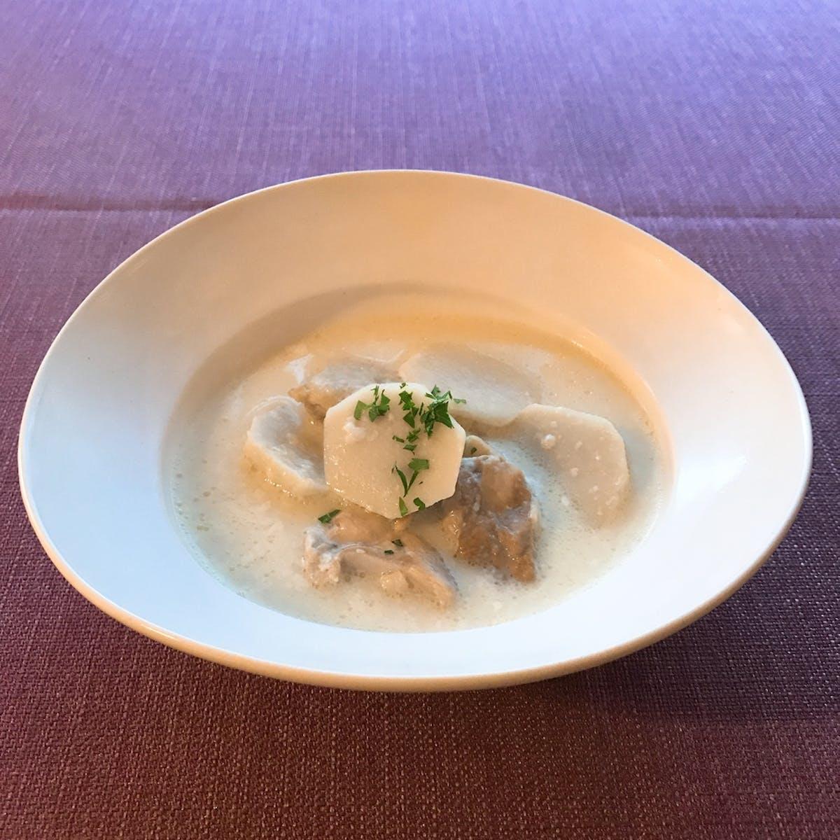 里芋と鶏肉のチーズミルクスープ